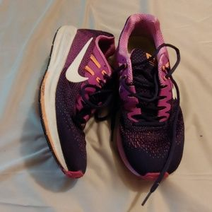 Womens nike zoom structure shoes